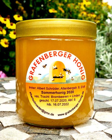 Honigglas mit Sommerhonig
